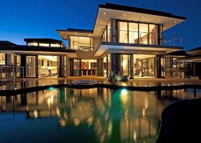 beautiful-glass-house-windows