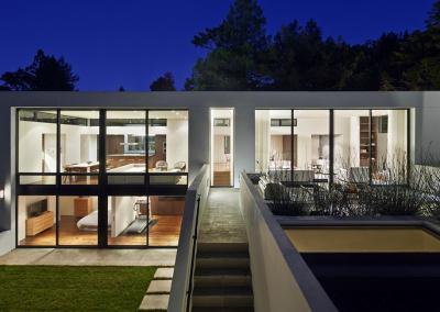beautiful-home-lots-of-windows